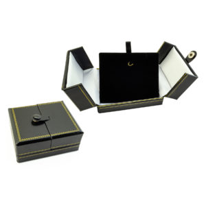 3-1/2 x 3 x 1-1/2in Black White Black Leatherette Pendant Box with Snap